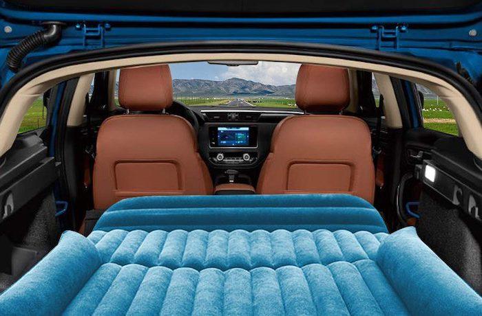 Aufblasbare Auto Luftmatraze für SUVs und Kombis von Osaloe