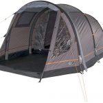 Aufblasbares Campingzelt Portal Alfa aufgebaut