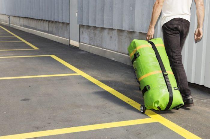 Aufblasbare Reisetasche FREITAG Zippelin: Stylischer Begleiter on Tour