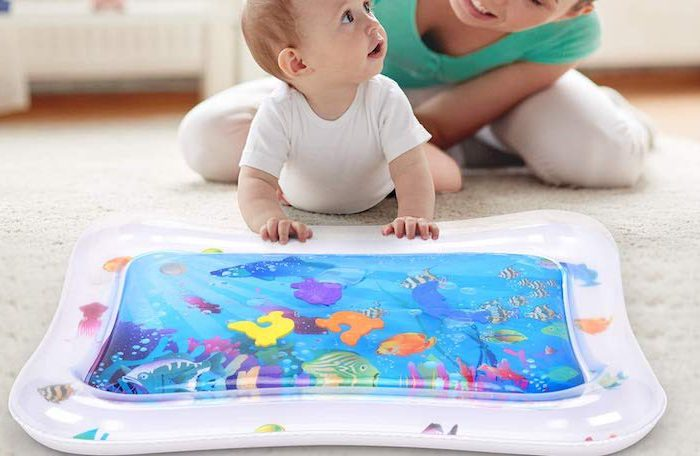 Aufblasbare Wasserspielmatte von Wesimplelife: Bunte Beschäftigung für Kleinkinder