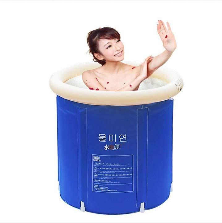 Bathtub-aufblasbare-Badewanne-aufgebaut-mit-badender-Frau