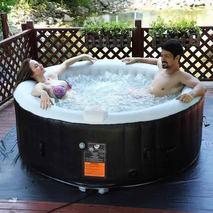 COSTWAY-Whirlpool-aufblasbar-mit-Paar