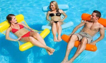 ArKone aufblasbare Wasserhaengematte im Pool drei Personen