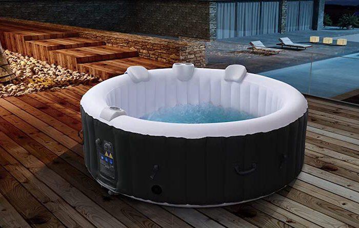 Runder Arebos Whirlpool: In- und Outdoor-tauglich für 6 Personen