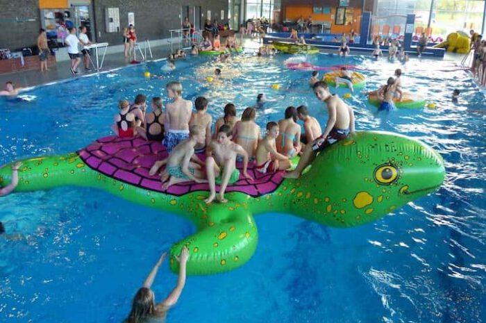 Airkraft Schildkröte: Aufblasbares Wasserspielgerät im XXL-Format
