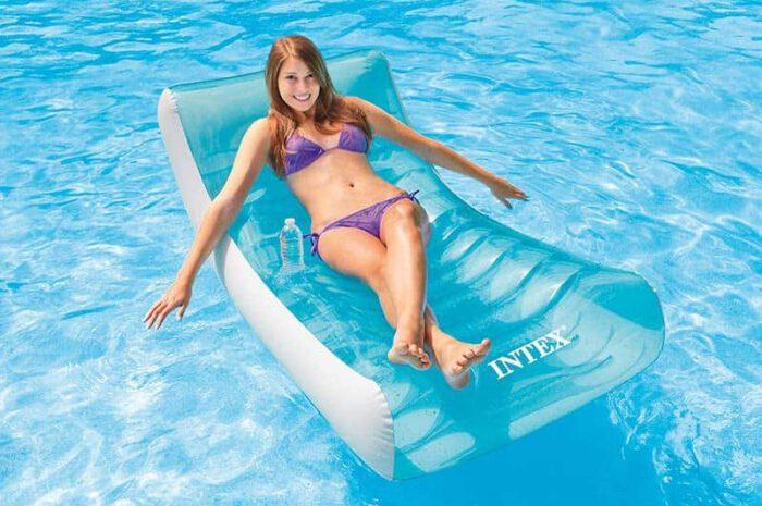 Intex Ghost: Aufblasbarer Sessel bringt extra Komfort in den Pool